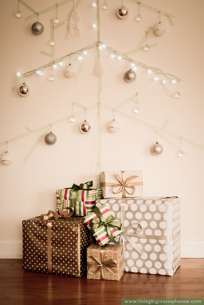 Living Big In A Tiny House Space Saving Wall Christmas Tree Idea