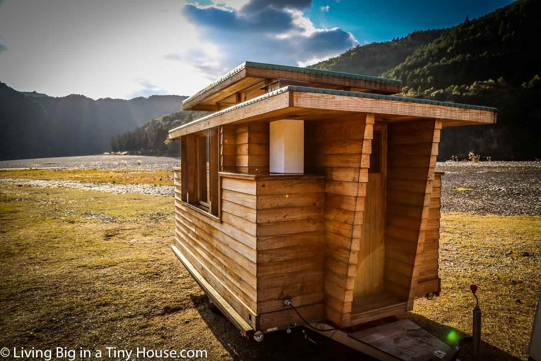 Living Big In A Tiny House Breathtakingly Beautiful Japanese Tiny House On Wheels